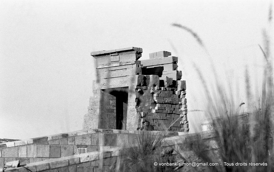 Karnak - Lac sacré : Porte de l'Est (Nectanébo Ier)