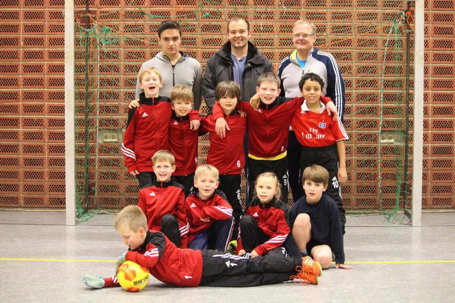 Neue Anzüge erhielten die Kids von EDEKA Drewes aus Dollern - wir danken herzlich!