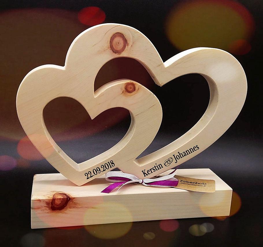Zirben Herz als Hochzeitsgeschenk oder für Verliebte
