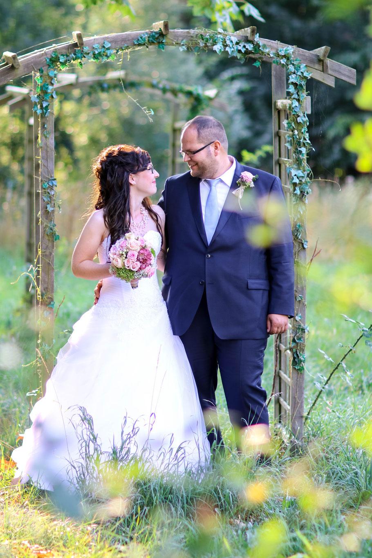 Hochzeiten| Hendrikje Richert Fotografie| outdoor, Schloss Bredenfelde, Rankepflanze, Schlossgarten