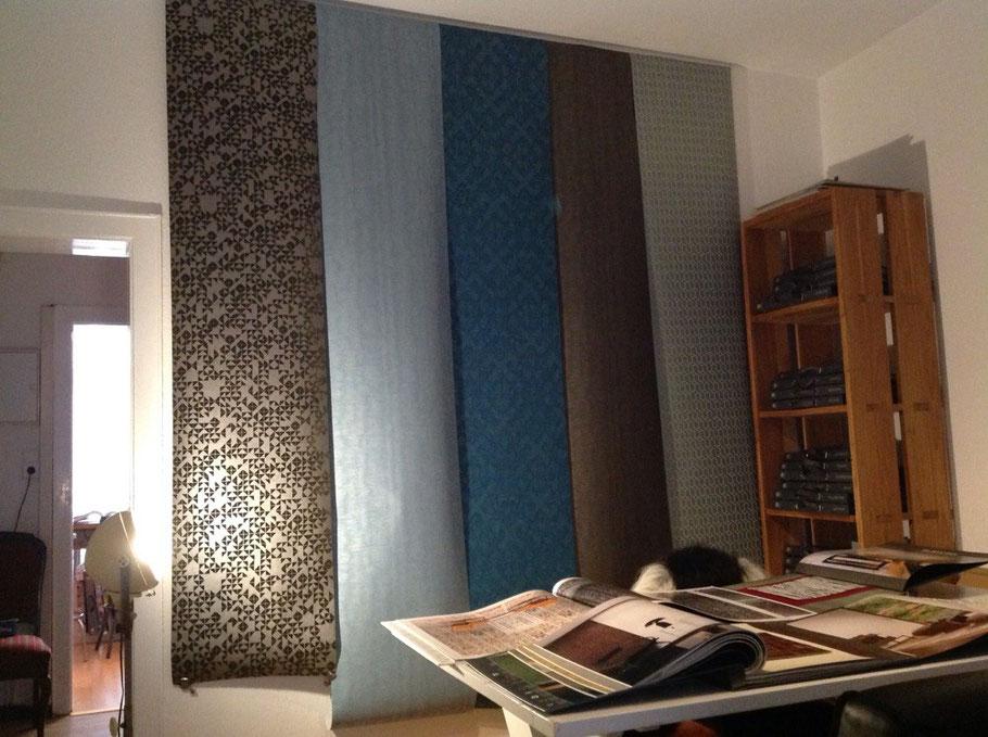 Im zweiten Raum hängen weitere sehr schöne Tapeten, Vertrieb ARTE
