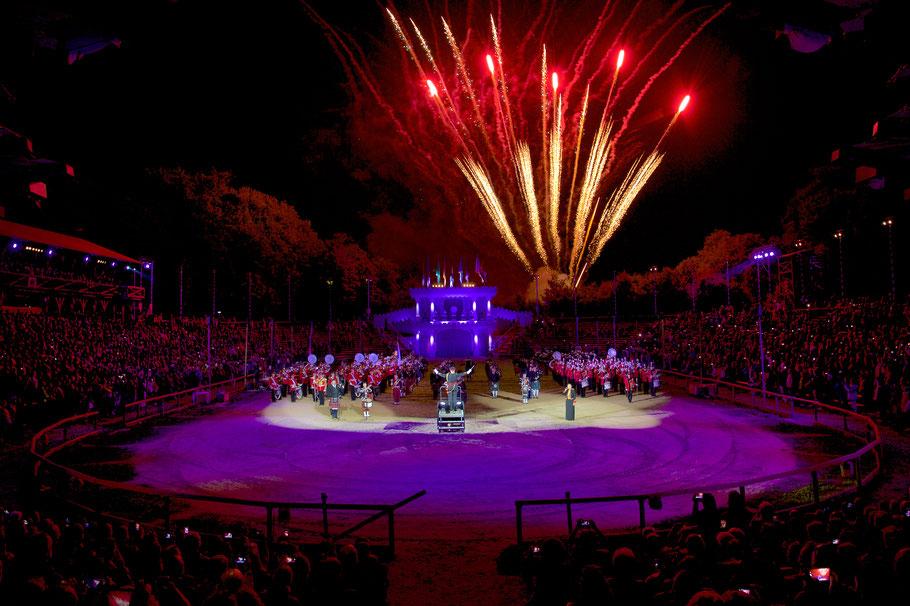 Royal Music Show - Deutschland Tattoo - Schloss Kaltenberg_Finale_Feuerwerk