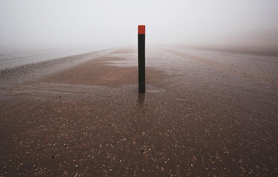 Foto von Nebel an der Küste in Holland