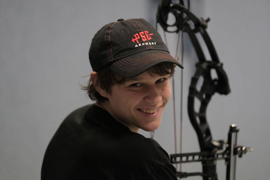 Nachwuchsschütze Robin im Jugendtraining der BSFD Schallbach