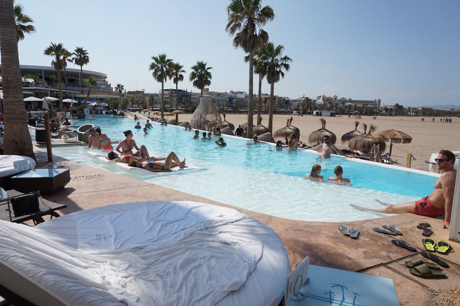 Pool im Marina Beach Club, Valencia