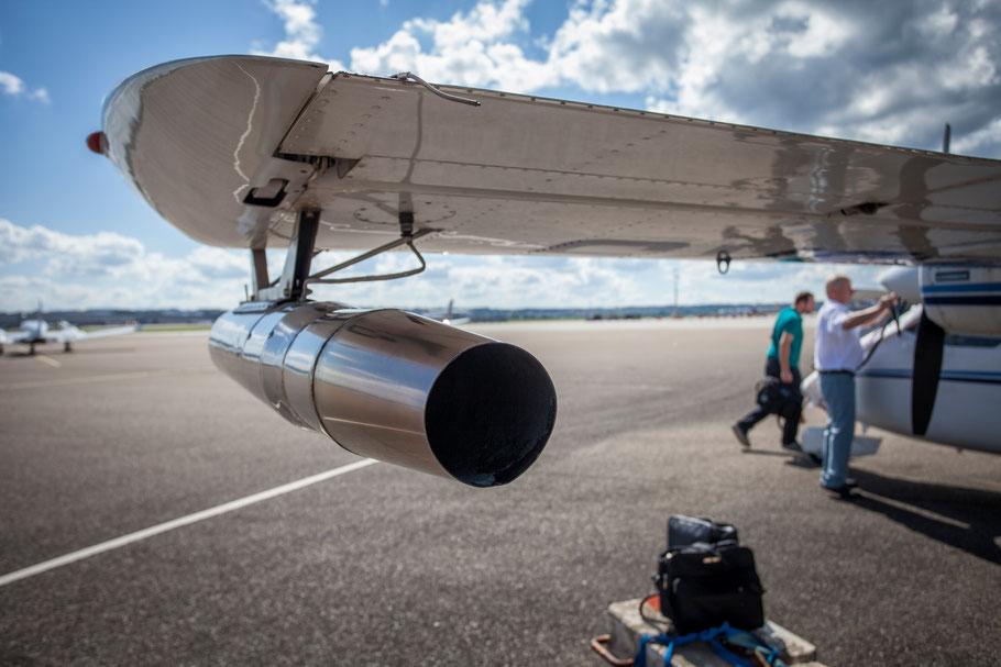 Hagelflieger mit AgI-Generator am Flughafen Stuttgart EDDS