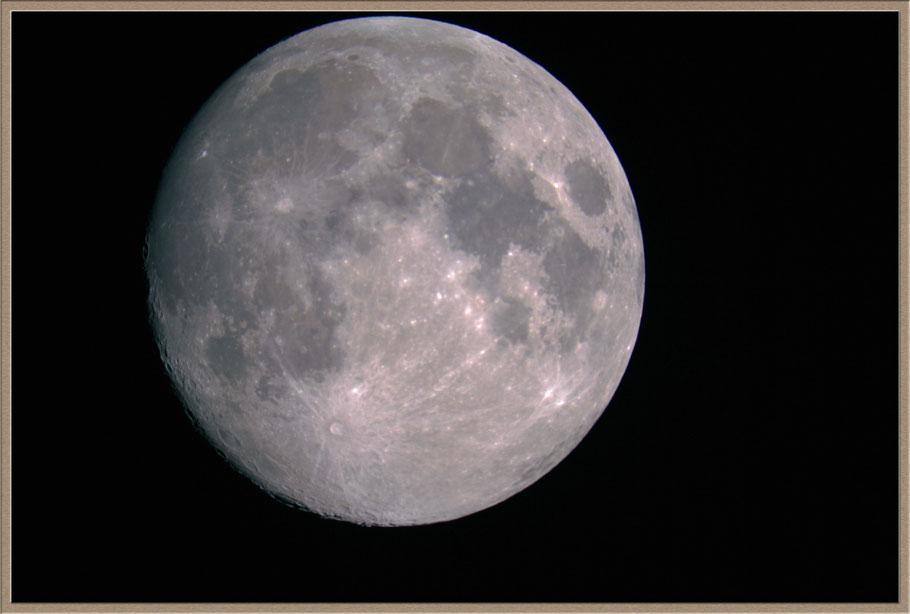 Mondaufnahme mit dem Hyperstarsystem. Brennweite 560 mm, Canon 60Da
