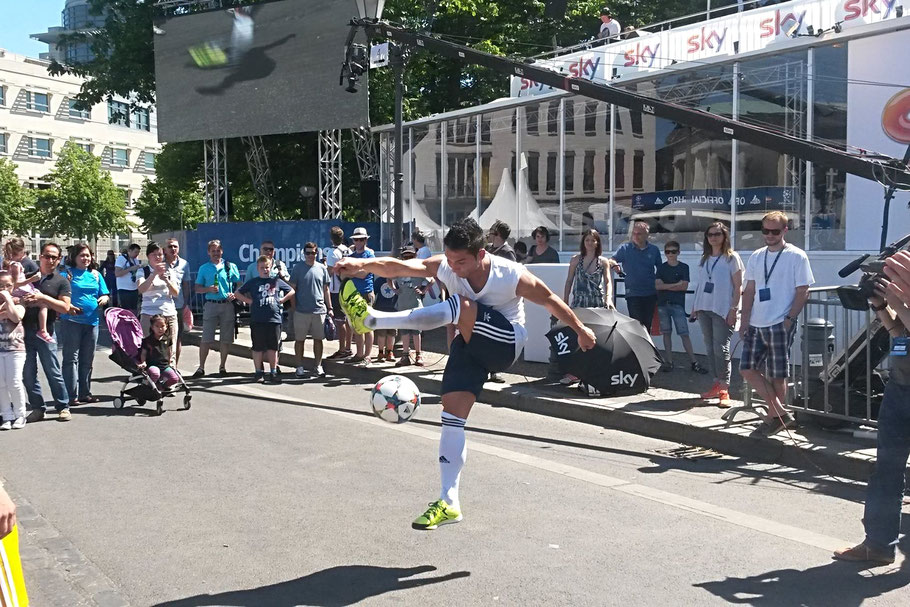 Fußball Freestyler für Roadshow