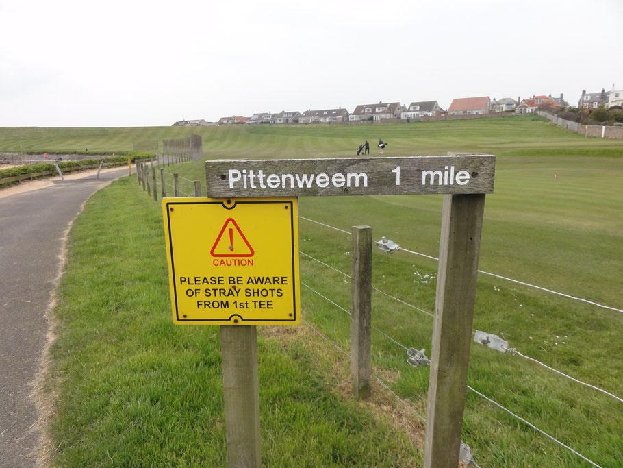 Dit bordje werd gespot in Schotland.