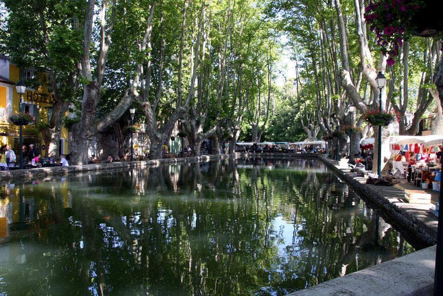 Bild: Löschwasserteich in Cucuron