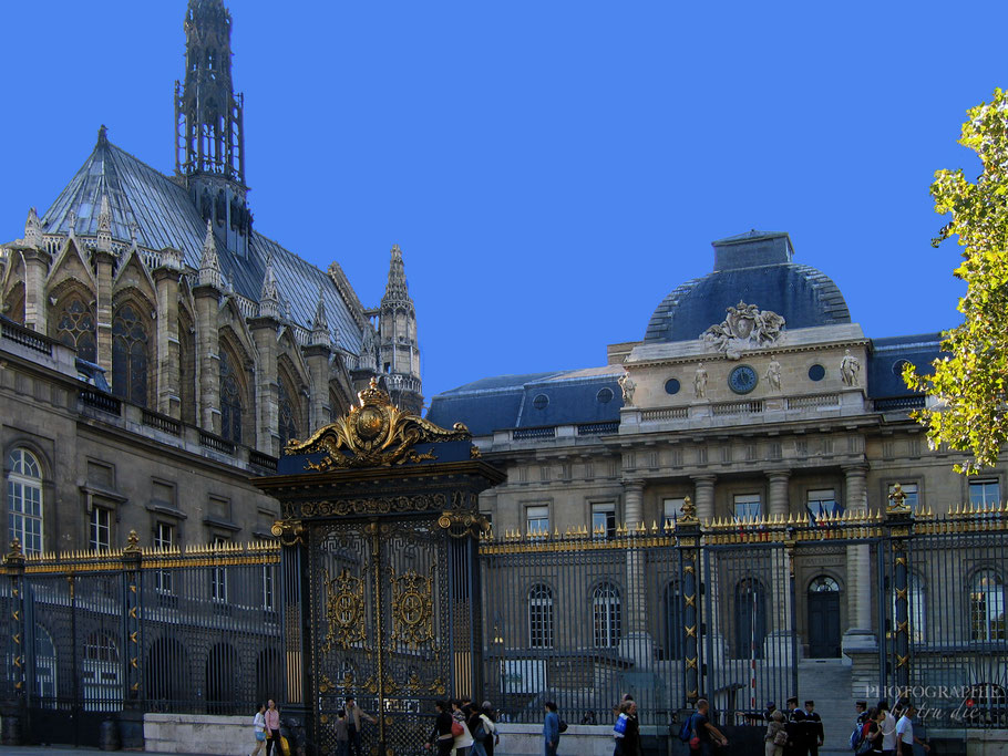 Bild: Eingang zum Palais de Justice de Paris und zur Sainte-Chapelle