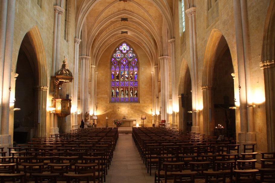 Bild: Eglise Saint-Jean de Malte am Ende der Rue Cardinale in Aix-en-Provence