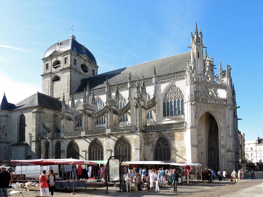 Bild: Basilika Notre-Dame d'Alençon