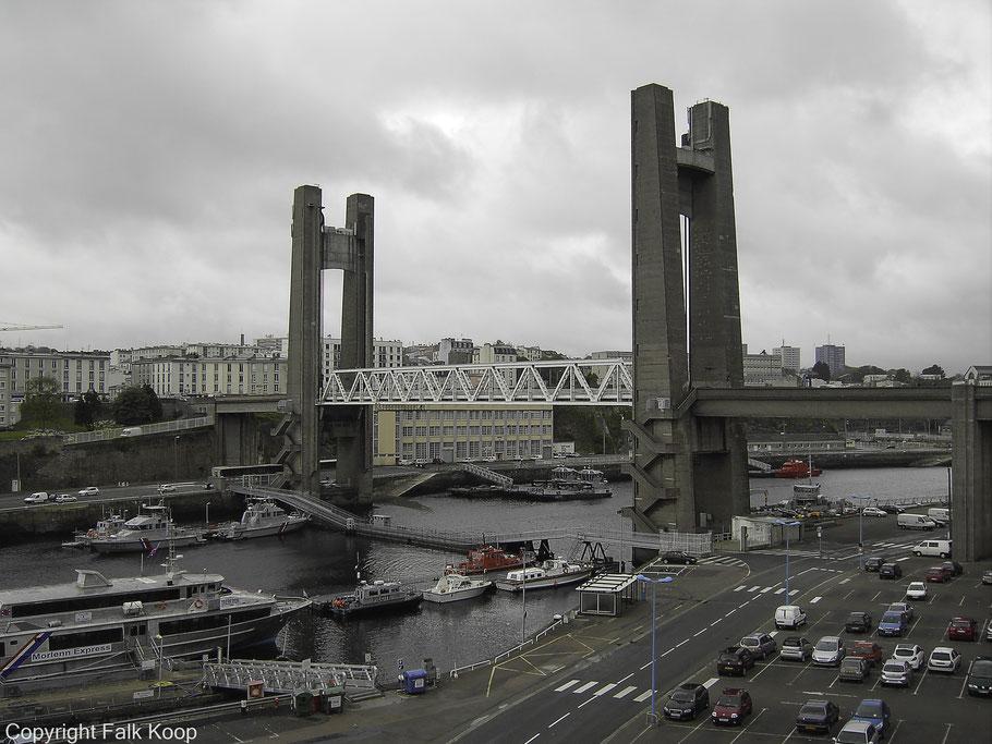 Bild: Pont de Recouvrance in Brest, Bretagne