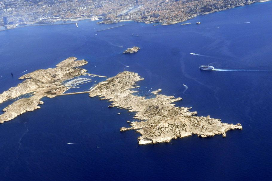 Bild: Blick aus dem Flugzeug auf Marseille