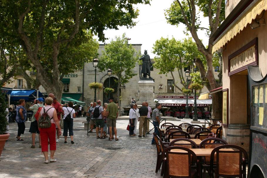 Bild: Statue von Ludwig dem Heiligen (Saint Louis) in Aigues-Mortes