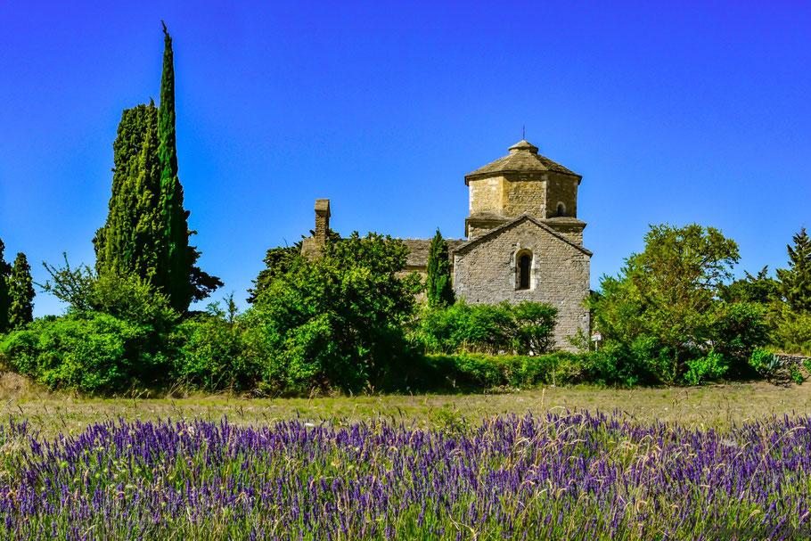 Bild: Chapelle St.-Pierre de Larnas bei Saint-Montan im Département Ardèche