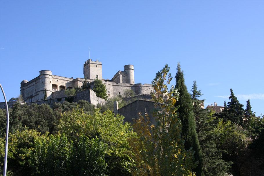 Bild: Blick auf Château Barroux
