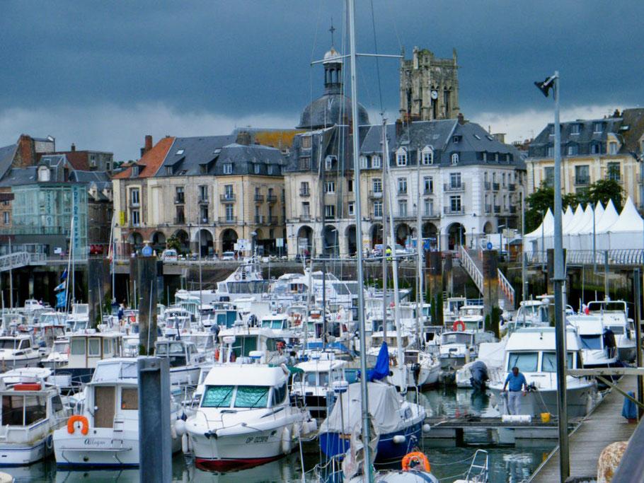 Bild: Dieppe mit Hafen