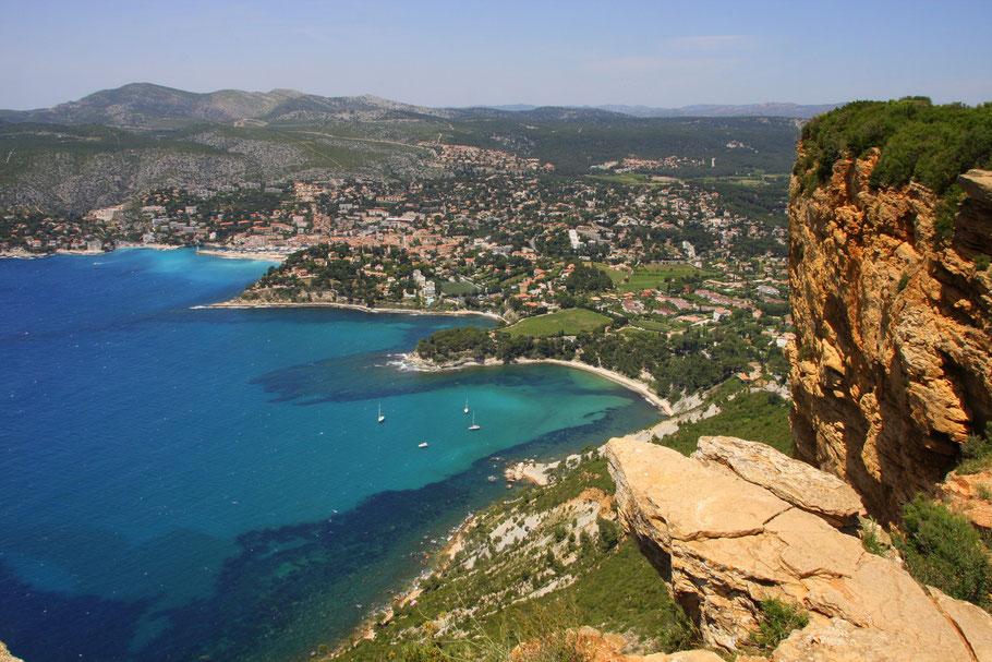 Bild: Blick auf die Bucht von Cassis von der Route des Crêtes