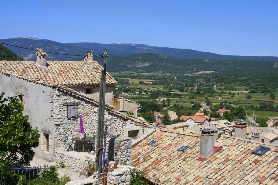 Bild: Blick auf Banon, Alpes de Haut Provence