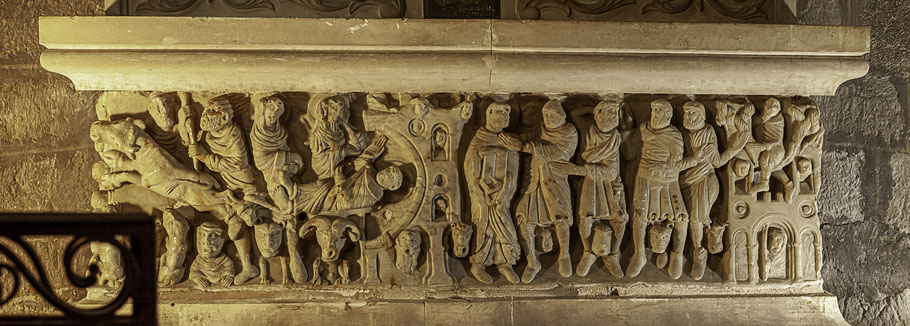Bild: Sarkophag des Heiligen Saturninus in der Abbaye Saint-Hilaire
