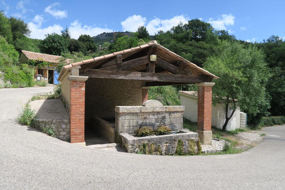 Bild: Waschhaus in Brantes am Mont Ventoux