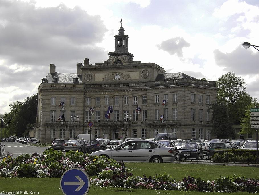 Bild: Das Rathaus von Alençon