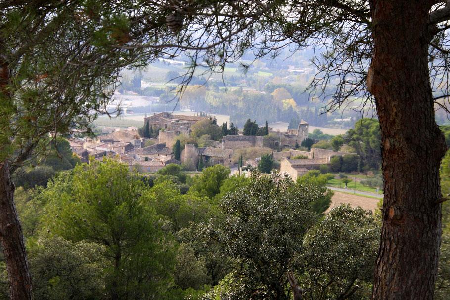 Bild: Blick auf Lagnes im Vaucluse Provence