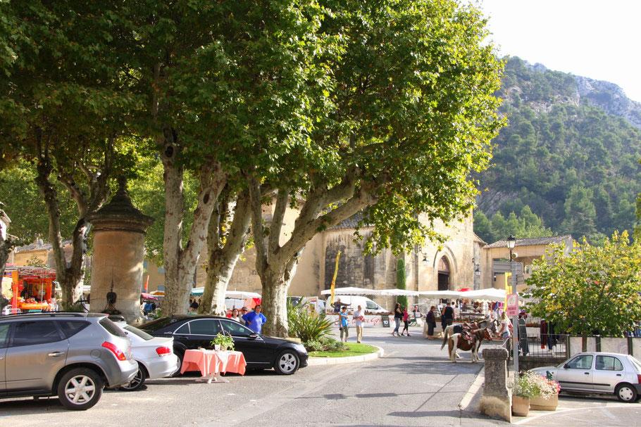Bild: Pfarrkirche von Robion im Vaucluse