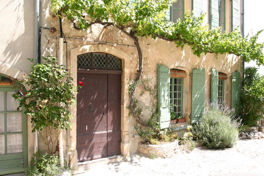 Bild: Fassade in der Provence
