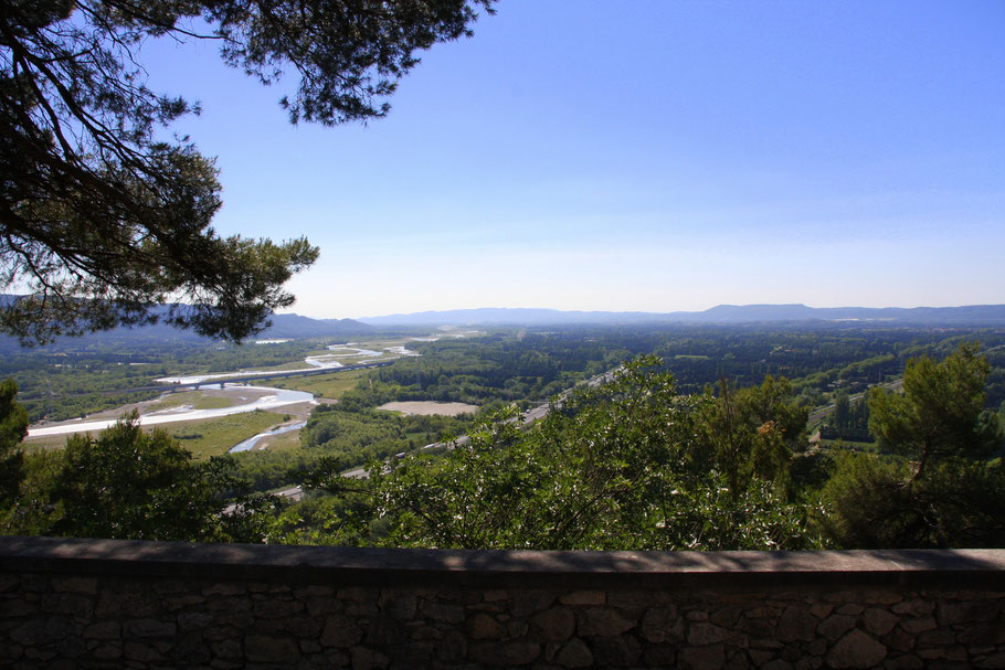 Bild: Blick von Orgon in das Tal der Durance