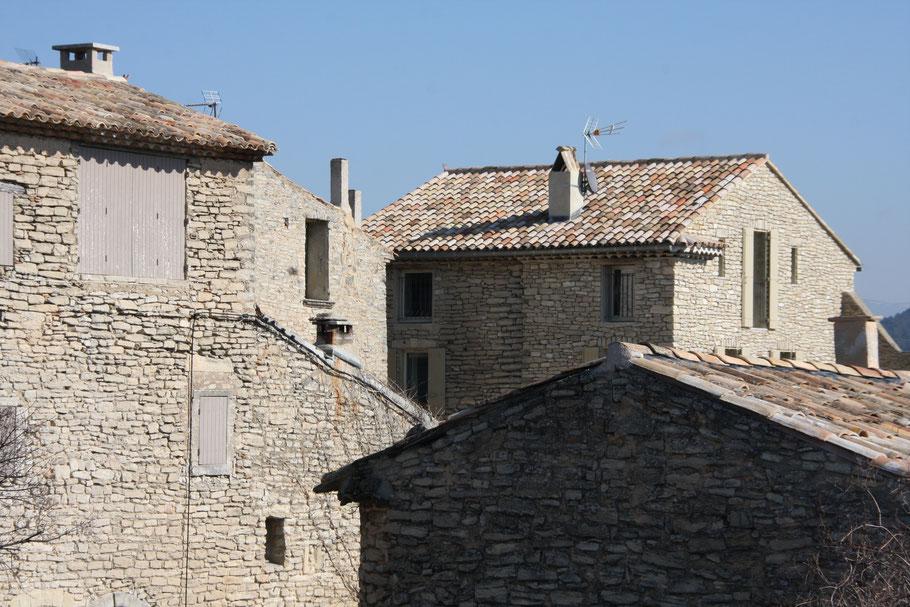Bild: Die Dächer von Goult, Vaucluse, Provence
