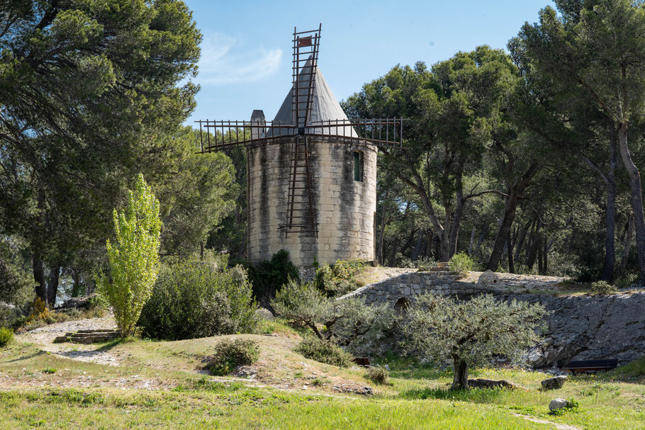 Bild: Moulin de Bretoule in Barbentane, Bouches du Rhône