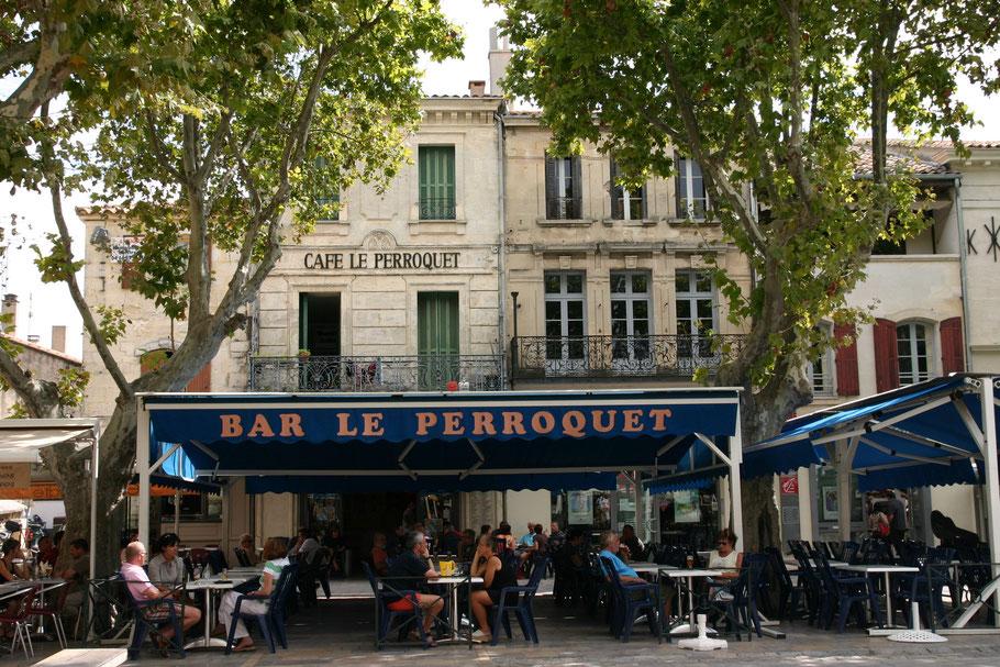 Bild: Restaurant am Place Saint Louis in Aigues-Mortes