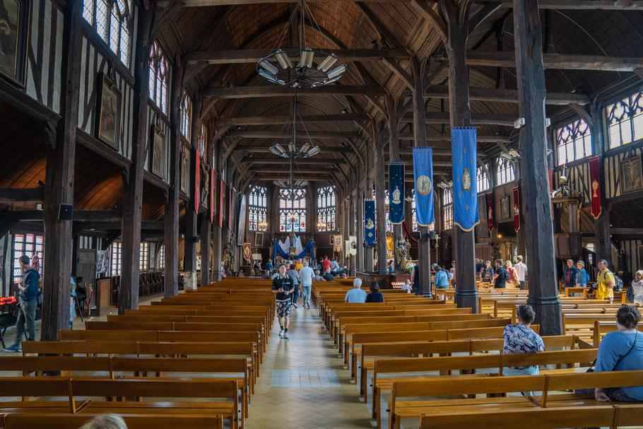 Bild: Honfleur im Département Calvados in der Normandie im Innern der Église Sainte-Catherine