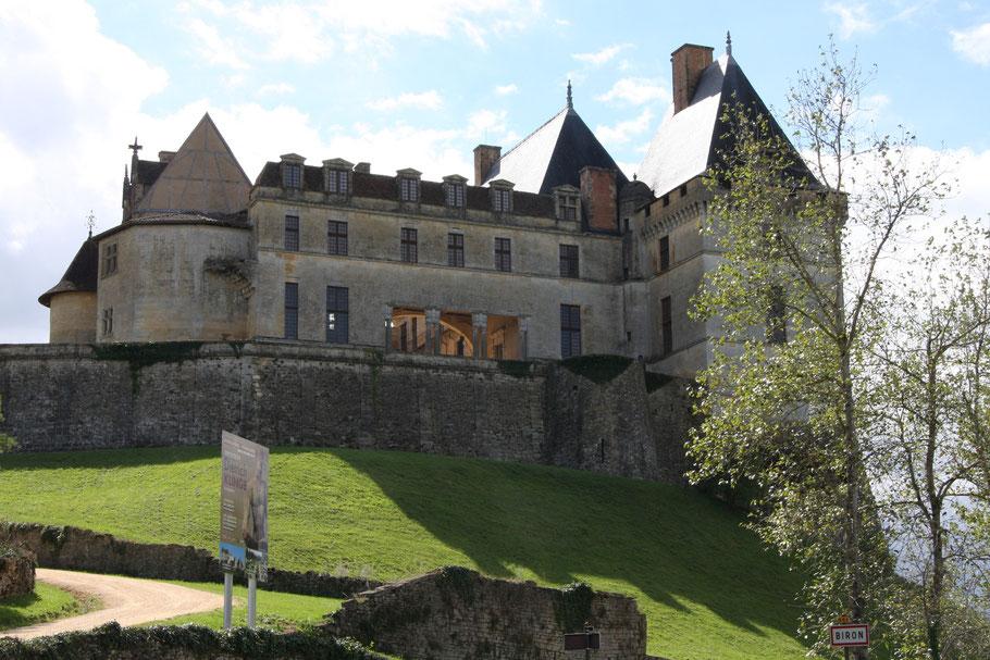Bild: Schloss Biron (Château de Biron) bei Monpazier