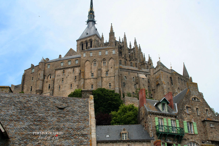 Bild: Blick auf die Abteikirche Mont-Saint-Michel