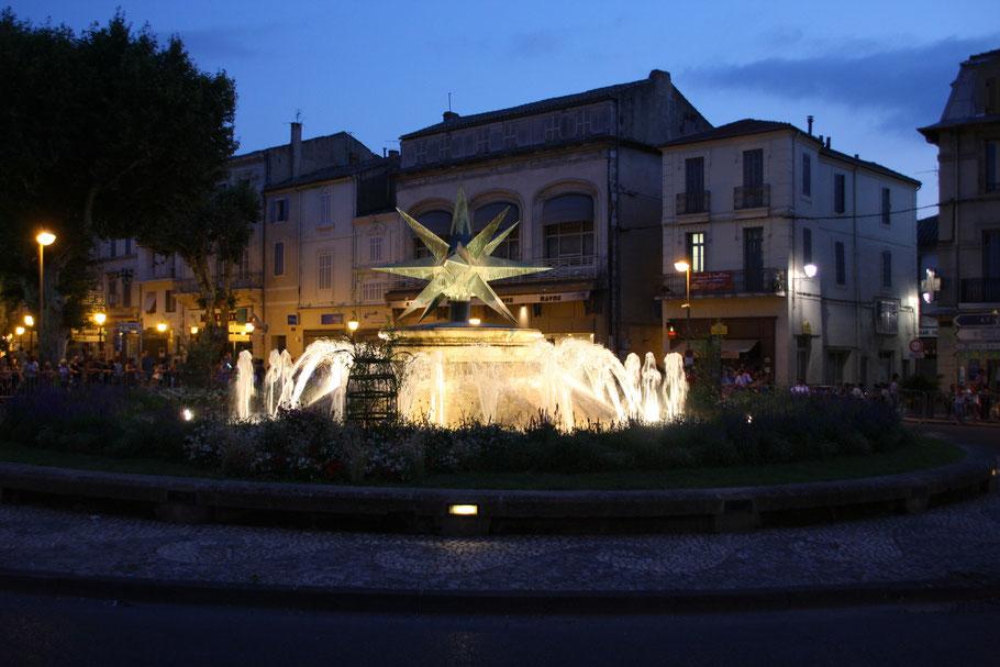 Bild: Der Sternbrunnen in Cavaillon