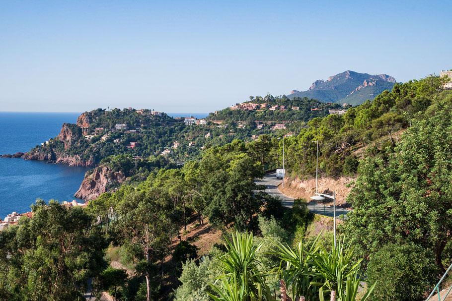 Bild: Blick von Le Trayas auf das Massif de l´Estérel