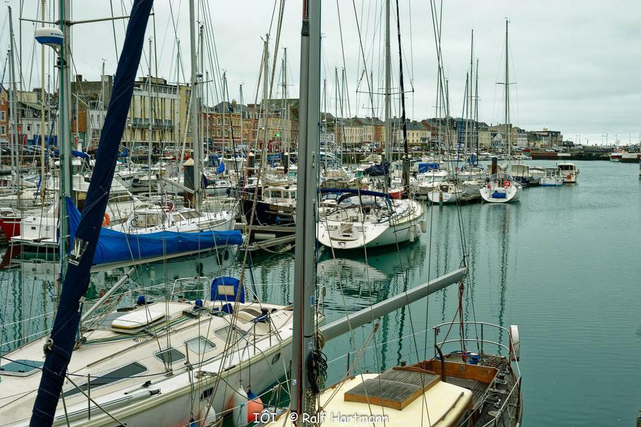 Bild: Am Hafen von Fécamp
