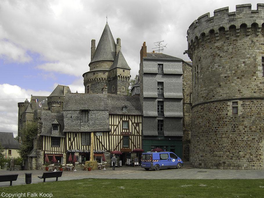 Bild: Altes Haus in Vitré am Place Saint-Yves