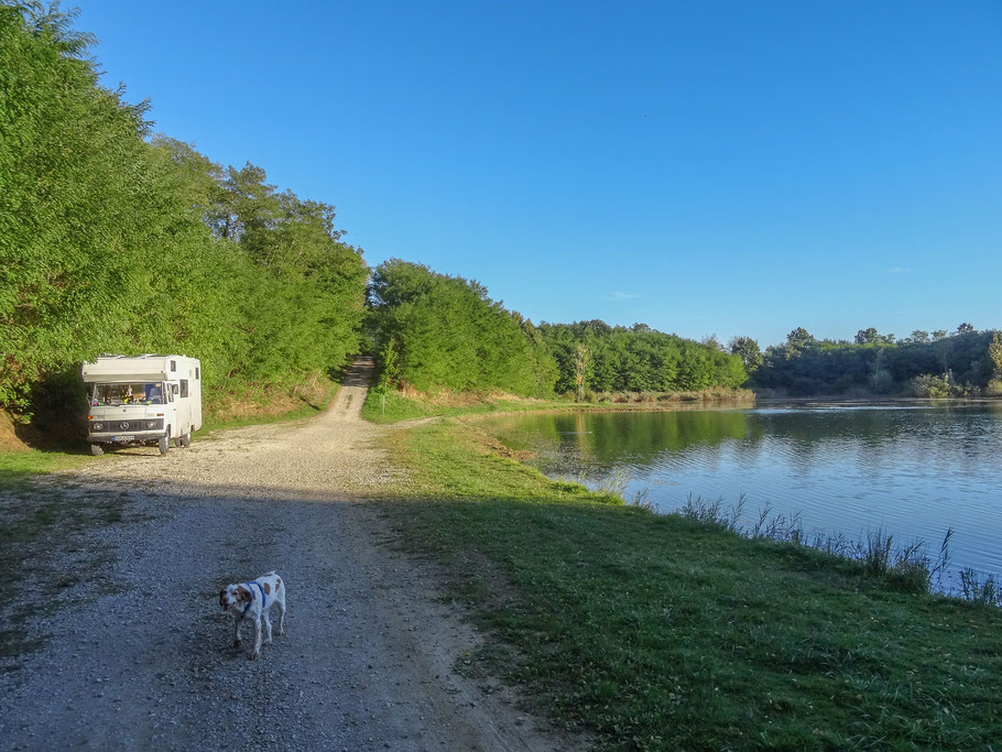 "Übernachtung am Canal, GPS-Poition: N 46° 52 ´21"" E 04° 38 ´ 1,2 """