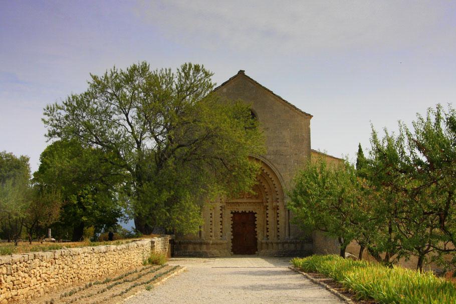 Bild: Hauptportal der Prieuré de Notre Dame de Ganagobie