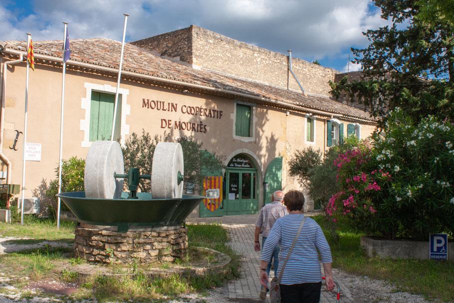 Bild: Moulin Coopérativ de Mouriés bei Maussanne-les-Alpilles
