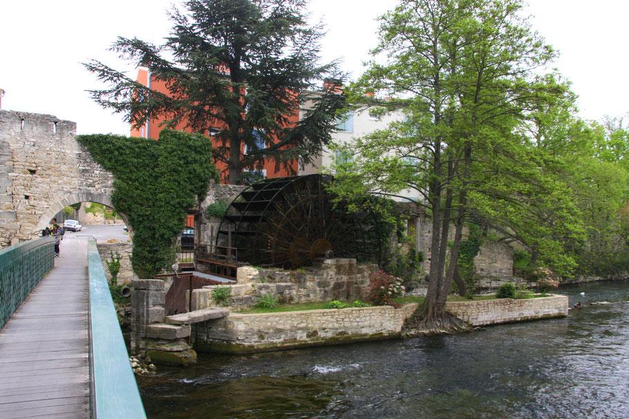Bild: Wasserrad in Le Thor
