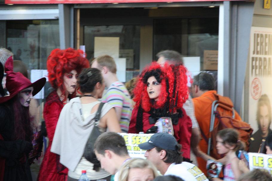 Bild: Festspielzeit in Avignon,Vaucluse, Provence