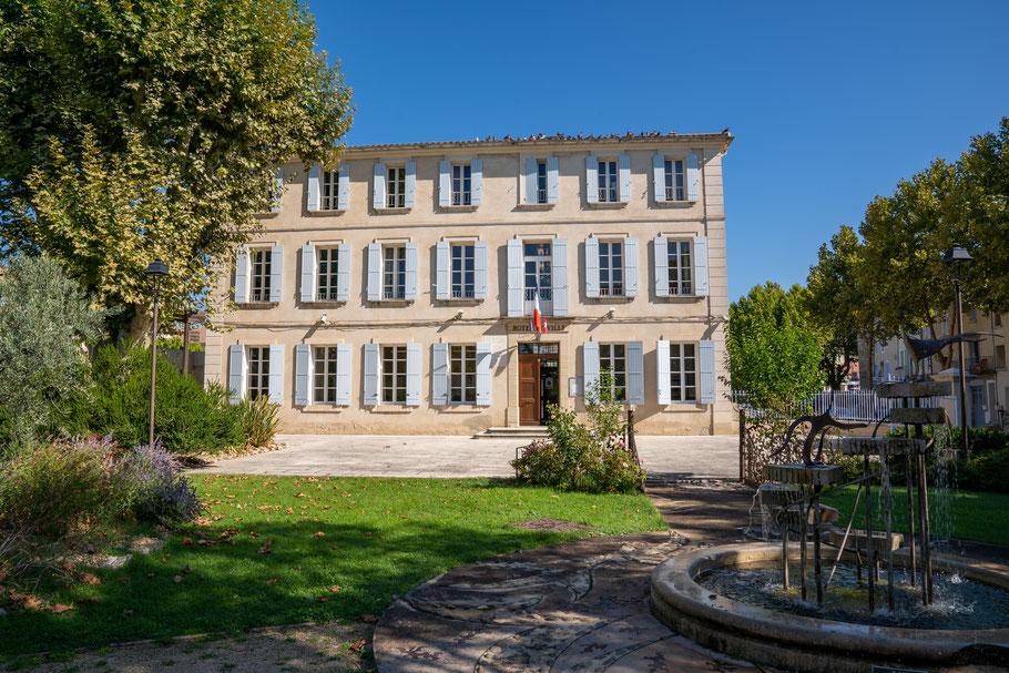 Bild: Mazan im Vaucluse mit La Mairie