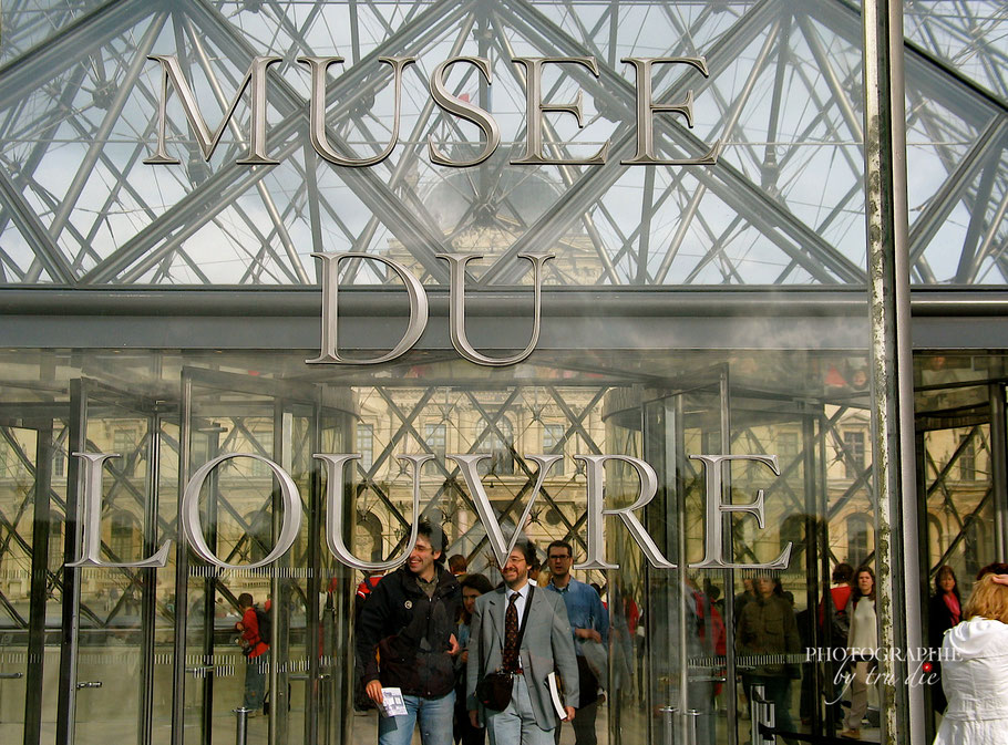 Bild: Louvre-Pyramide, Eingang zum Museum