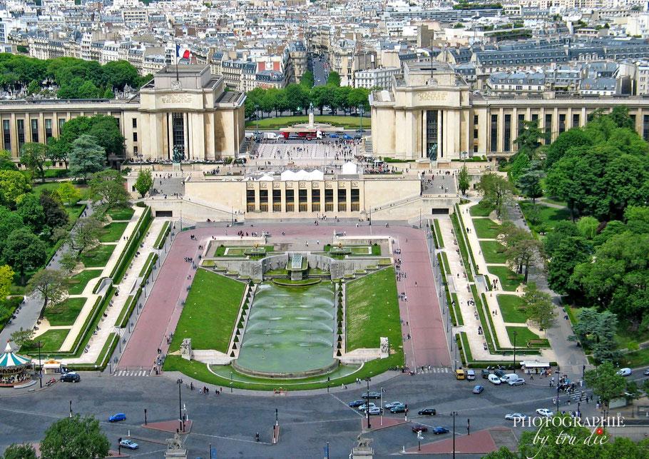 Der Trocadero und der Jardin de Trocadero vom Tour Eiffel aus gesehen